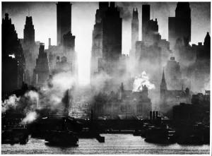 Andreas Feininger  Midtown Manhattan von New Jersey aus gesehen, 1942  © AndreasFeiningerArchive.com